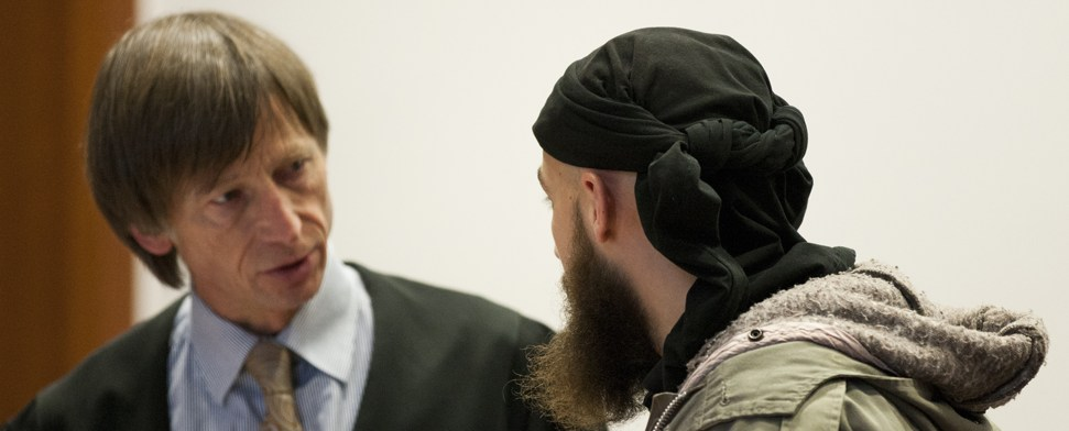 Prozessbeginn gegen Messerstecher von Bonn