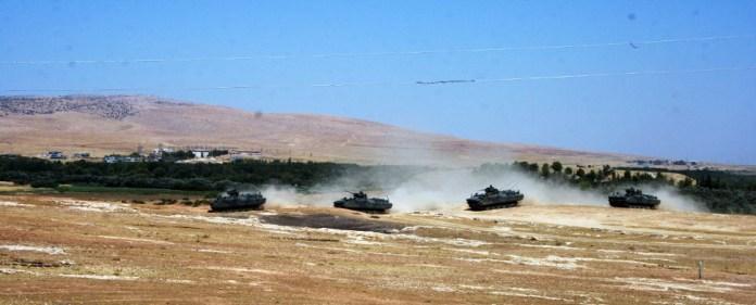 Syrische Granaten töten fünf Menschen - Türkei reagiert mit Artilleriebeschuss