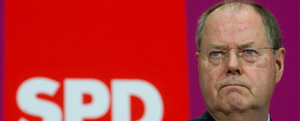 """Peer Steinbrück """"verschwitzt"""", Honorare zu melden"""
