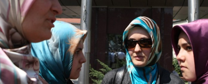 Thurgauer Kopftuchstreit: Verwaltungsgericht zeigt Alm-Öhis ihre Grenzen auf