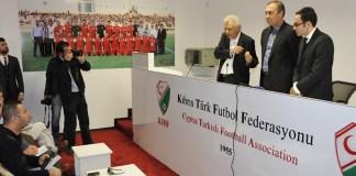Zyperns Fußballverbände auf dem Weg zur Wiedervereinigung