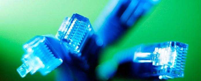 Kritiker fürchten eine Generalermächtigung für die Regierung, gegen missliebige Internetseiten vorzugehen, sollte das neue Internetgesetz in Kraft treten.