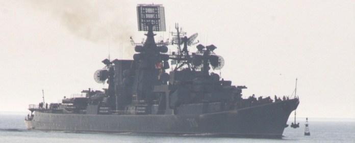 CIA-Chef eilt nach Israel – Russische Kriegsschiffe nach Syrien