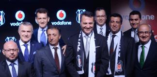 Der Mobilfunkriese Vodafone wird in der kommenden Saison nicht nur Trikotsponsor von Beşiktaş, sondern auch der Namensgeber der sich im Bau befindenden Arena. Präsident Fikret Orman war nach der Vertragsunterzeichnung sichtlich zufrieden.