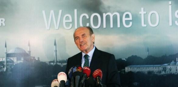 AKP- Bürgermeister von Istanbul tritt zurück