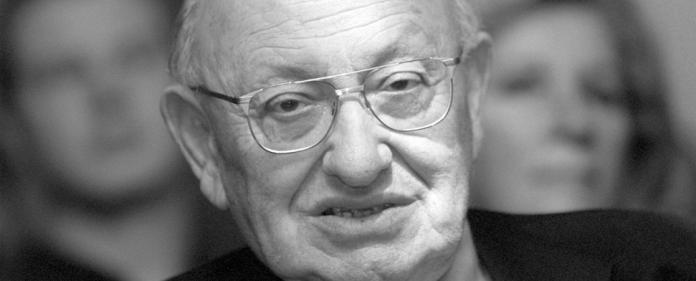 """Überlebender des Warschauer Ghettos, Literaturkritiker, Schöpfer des """"Kanons"""", Verächter zeitgeistiger Unkultur und intellektueller Demagogie: Marcel Reich-Ranicki."""
