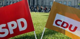 SPD und CDU Flaggen