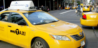 Taxi in New York (cihan)