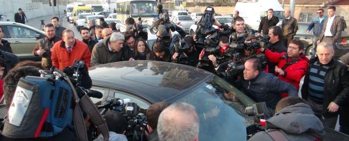 Die Festnahme zweier Ministersöhne war der Auftakt zum Machtkampf in der Türkei. Am Freitag kamen fünf Verdächtige vorerst frei.