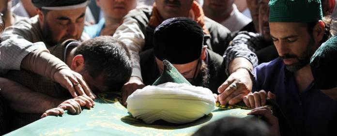 Die Beerdigung von Scheich Nazim.