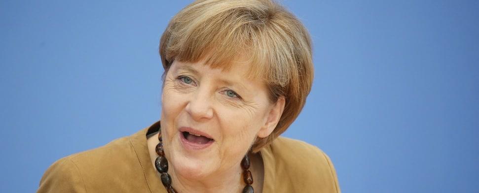 """""""Israel hat ein Recht auf Selbstverteidigung"""". Mit diesen Worten erklärte Merkel am Freitag ihr Verständnis für die israelische Offensive gegen Gaza. (dpa)"""