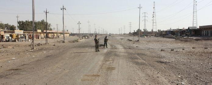 Die Luftangriffe des US-Militärs konnten die Terrororganisation IS kaum schwächen. Nun werden Forderungen laut, Akteure aus der Region gegen die Gruppe aufzurüsten. Es fallen Namen wie die PKK und der 'Irakische Widerstand'.
