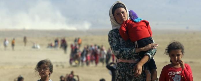 Seit Wochen erreichen uns schreckliche Bilder aus dem Norden des Iraks, wo die IS-Terrormilizen rücksichtslos gegen religiöse und ethnische Minderheiten vorgehen. Wohl keine andere Minderheit wird dabei so grausam verfolgt wie die Yeziden.