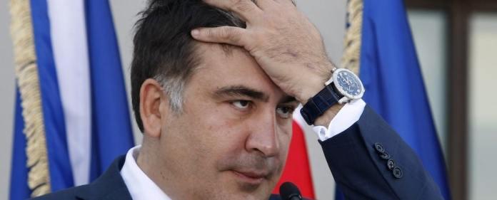 Die georgische Justiz hat gegen den in den USA lebenden Ex-Präsidenten Michail Saakaschwili Haftbefehl wegen Amtsmissbrauchs erlassen. Ermittler werfen Saakaschwili vor, bei der blutigen Auflösung einer Oppositionskundgebung in der 2007 seine Befugnisse überschritten zu haben.