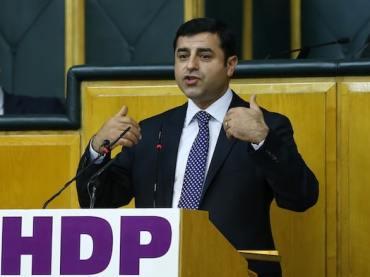 «Soylus Wahlbetrugs-Team»: Demirtaş vom Vorwurf der Beleidigung freigesprochen