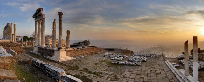 Die antike Stätte Ephesus liegt im Westen der Türkei.