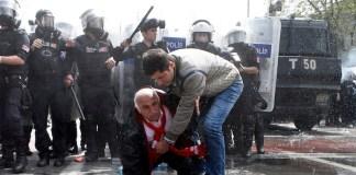 Die Istanbuler Innenstadt war im Ausnahmezustand. Mit Wasserwerfern und Tränengas ging die Polizei am 1. Mai gegen Demonstranten vor, die auf den Taksim wollten. Eine Zusammenfassung der Ereignisse.