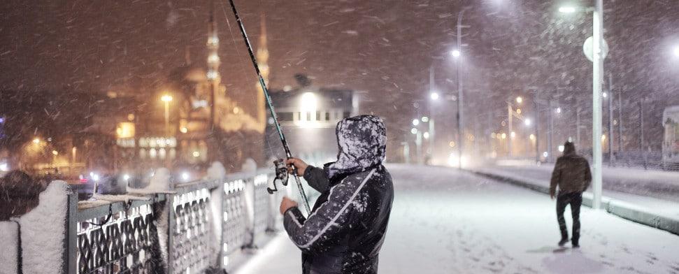 Schneefall In Istanbul 200 Flüge Gestrichen Dtj Online