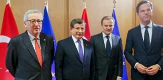 Juncker, Davutoğlu, Tusk, Rutte bei EU-Gipfel in Brüssel