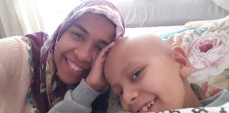 Krebskranker Ahmet Burhan Atac darf nicht mit Mutter ausreisen.