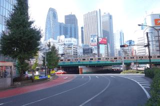聖地巡礼記:コードギアス 亡国のアキト@新宿