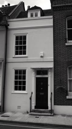 15 Lombard St Portsmouth C18