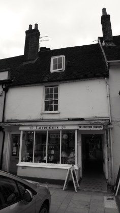 19 and 19a Broad St Alresford C18-19