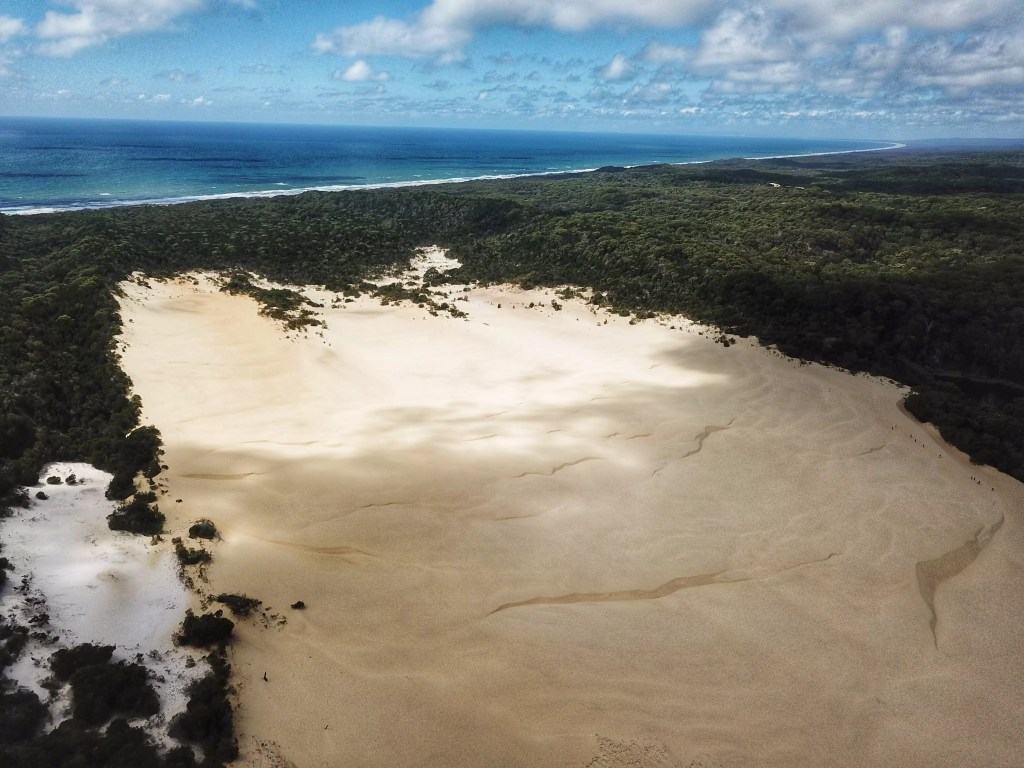 Hammerstone Sandblows on Fraser Island