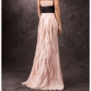 Vera Wang Dresses   Blush Strapless Crinkle Chiffon Formal Gown     Vera Wang Dresses   Blush strapless crinkle chiffon formal gown