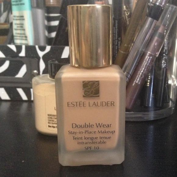 Beige Double Foundation Wear Ivory Lauder Estee 3n1
