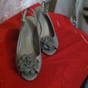 Bandolino Shoes - Bandolino Taupe Heels