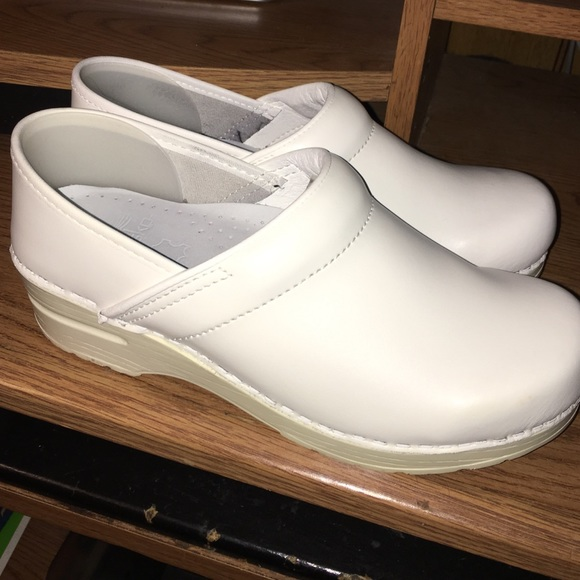 Dansko Shoes White