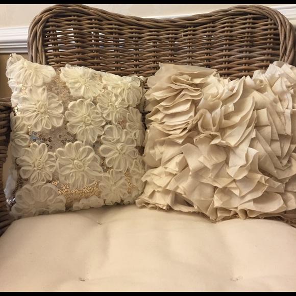 pier 1 imports throw pillows 2