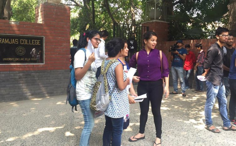 Delhi Govt Releases Grant for Salaries in Delhi University