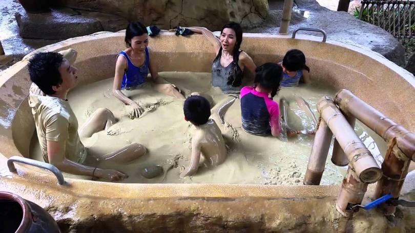 Giá vé tắm bùn tại I Resort Nha Trang ở bồn tập thể sẽ rẻ hơn chút so với bồn riêng