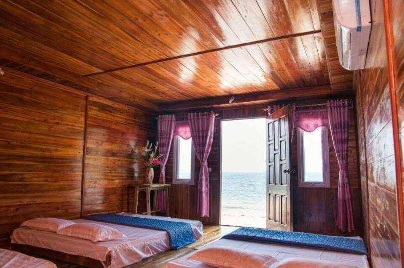 Hình ảnh nhà gỗ Hương Sắt ởi đảo Cô Tô