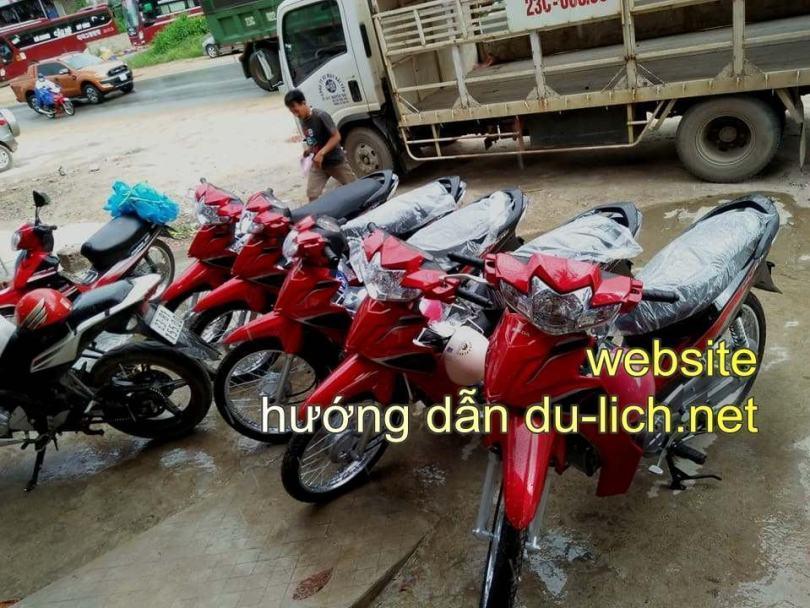 Lô xe máy mới liên tục được vợ chồng em Giang nhập về