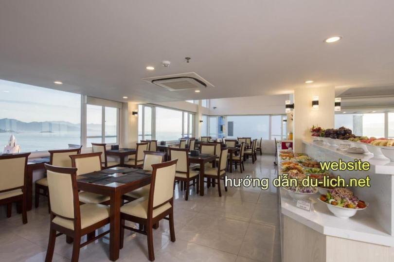 Hình ảnh khu ăn sáng buffet của khách sạn Sun City Nha Trang (10)