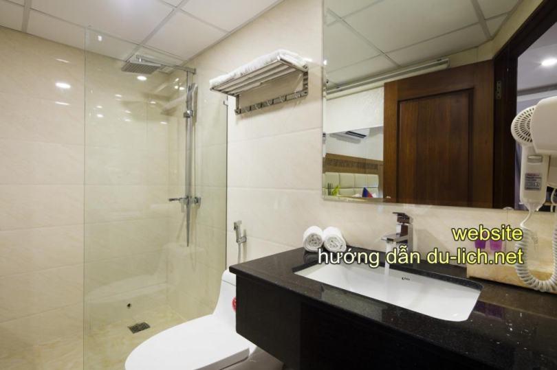 Hình ảnh khu vệ sinh của khách sạn Sun City Nha Trang (11)