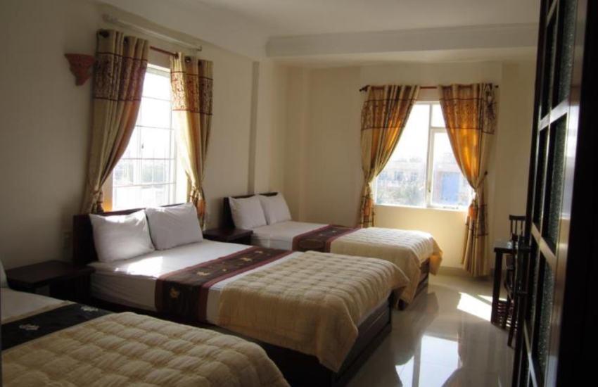 Hình ảnh khách sạn Nhiệt Đới Tuy Hòa: giá phòng chỉ 200-300K
