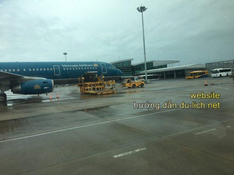 Kinh nghiệm đặt vé máy bay Phú Quốc, có rất nhiều hãng nhưng bạn nên chọn Jetstar cho rẻ