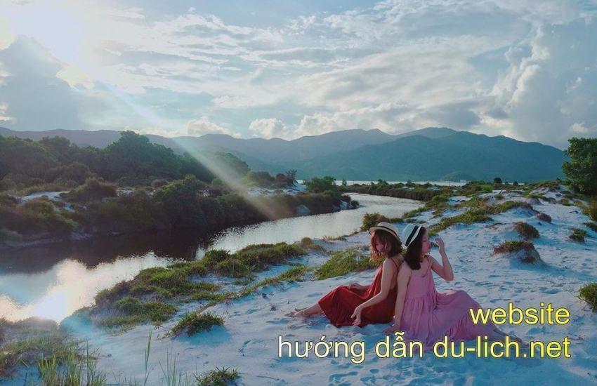 Hing anh dong song doi bo cat trang Quan Lan (6)