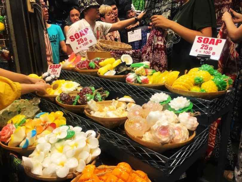 Lạc vào thế giới đồ ăn uống tại chợ Chatuchak (3)