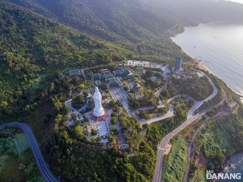 Chùa Linh Ứng Đà Nẵng hình ảnh từ Flycam