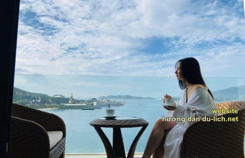 Check in Nha Trang vào tháng 10 nè