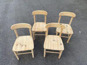 Décapage de chaise en bois