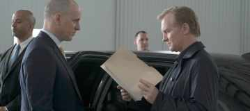 """THE BLACKLIST -- """"Alexander Kirk #14: Conclusion"""" Episode 323 -- Pictured: (l-r) Ulrich Thomsen as Alexander Kirk -- (Photo by: Virginia Sherwood/NBC)"""