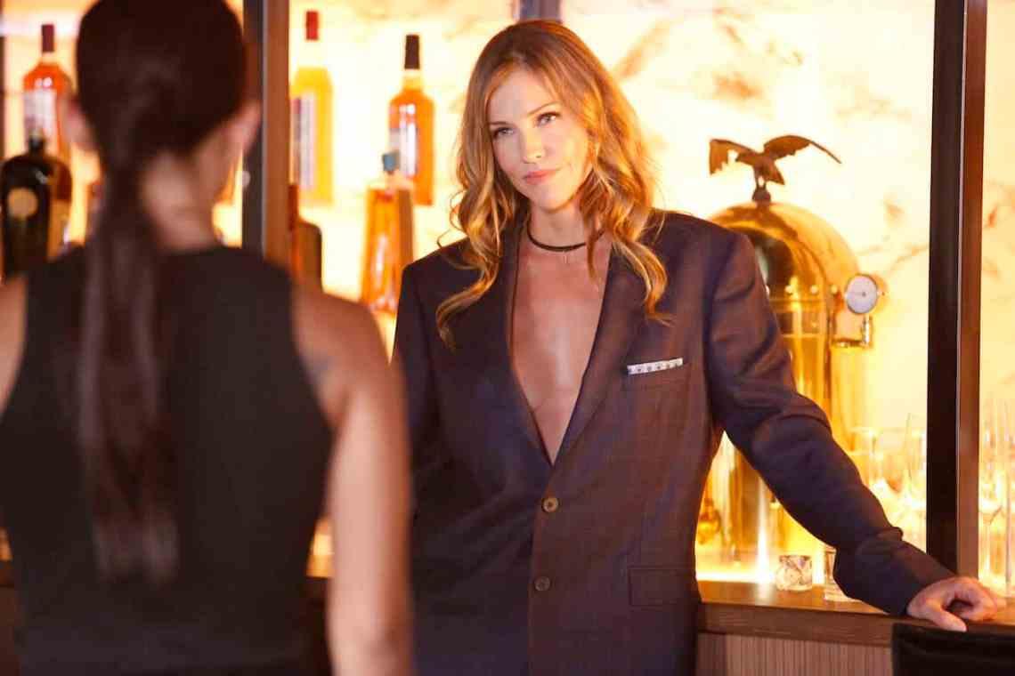 "LUCIFER: Tricia Helfer in the ""Liar, Liar, Slutty Dress on Fire"" episode of LUCIFER airing Monday, Oct. 3 (9:01-10:00 PM ET/PT) on FOX. Cr: Bettina Strauss/FOX."