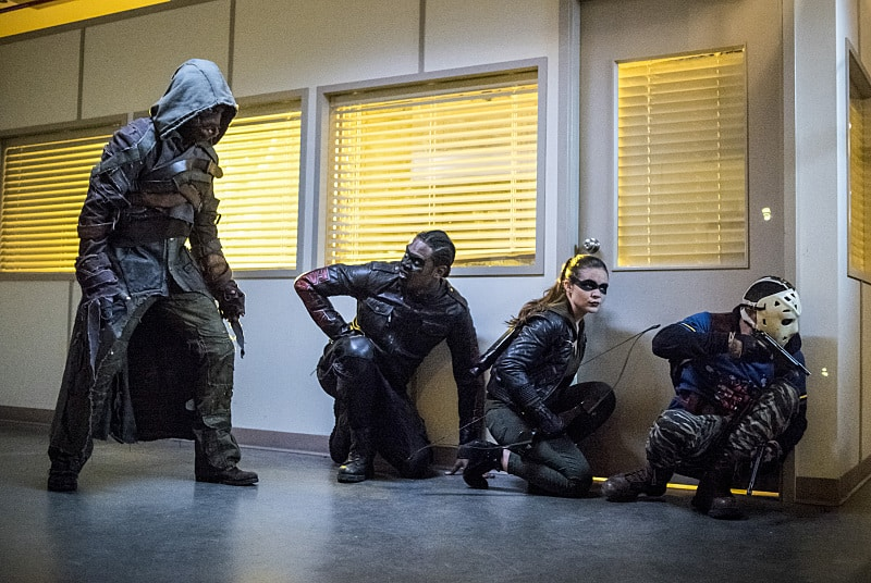 """Arrow -- """"Penance"""" -- Image AR504a_0412b.jpg -- Pictured (L-R): Joe Dinicol as Ragman, Echo Kellum as Curtis Holt, Madison McLaughlin as Evelyn Sharp and Rick Gonzales as Rene Ramirez/Wild Dog -- Photo: Dean Buscher/The CW -- © 2016 The CW Network, LLC. All Rights Reserved."""