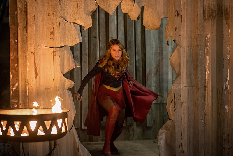 """Supergirl -- """"Survivors"""" -- Image SPG204b_0225 -- Pictured: Melissa Benoist as Kara/Supergirl - Photo: Diyah Pera/The CW -- © 2016 The CW Network, LLC. All Rights Reserved"""